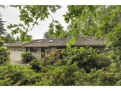 Portland Single Family Home For Sale: 10760 NW Lost Park Dr