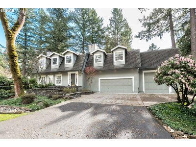 Lake Oswego Single Family Home For Sale: 1190 Bayberry Rd