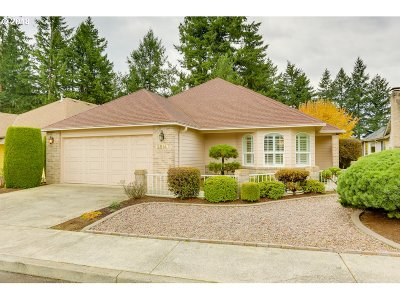 Vancouver Single Family Home For Sale: 2814 SE Baypoint Dr