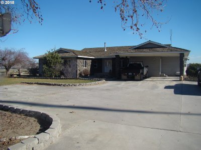Umatilla County Single Family Home For Sale: 29899 Country Ln