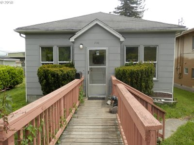 Coos Bay Single Family Home For Sale: 738 S 4th