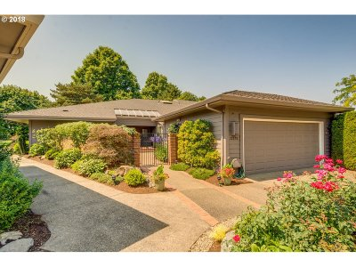 Clackamas County Single Family Home For Sale: 32275 SW Arbor Lake Dr