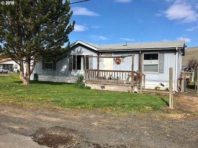 Pendleton Single Family Home For Sale: 46217 Adams Rd