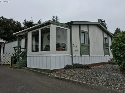 Coos Bay Single Family Home For Sale: 539 Puerto Vista Dr