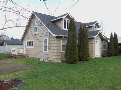 Springfield Single Family Home For Sale: 4370 Main St