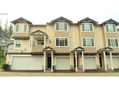 Beaverton Condo/Townhouse For Sale: 15315 SW Warbler Way #102