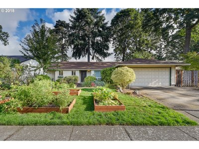 Single Family Home For Sale: 16825 NW Somerset Dr