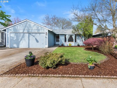 Newberg, Dundee, Mcminnville, Lafayette Single Family Home For Sale: 611 Dolash Ct