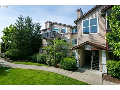 Beaverton Condo/Townhouse For Sale: 760 NW 185th Ave #307