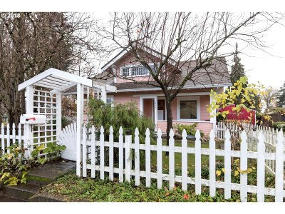 Canby Single Family Home Pending: 227 SW 3rd Ave