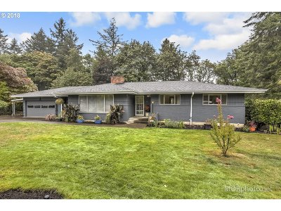 Single Family Home For Sale: 935 SW Stephenson Ct