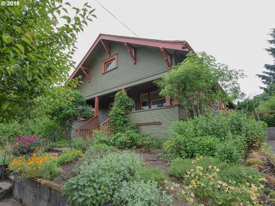 Multnomah County, Washington County, Clackamas County Single Family Home For Sale: 716 N Russet St N