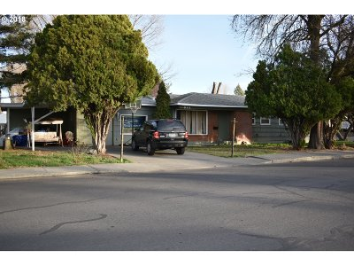 Hermiston Single Family Home For Sale: 825 SW 4th St