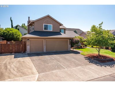 Gresham Single Family Home For Sale: 4056 SE 30th St