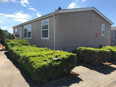 Eugene Single Family Home For Sale: 1699 N Terry St #SP178