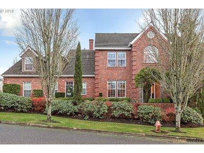Portland Single Family Home For Sale: 8322 NW Hazeltine St