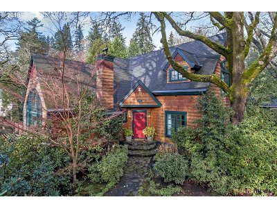 Lake Oswego Single Family Home For Sale: 4212 Southshore Blvd