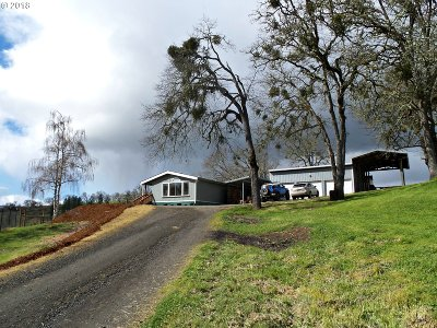 Roseburg Single Family Home For Sale: 1506 Darley Dr