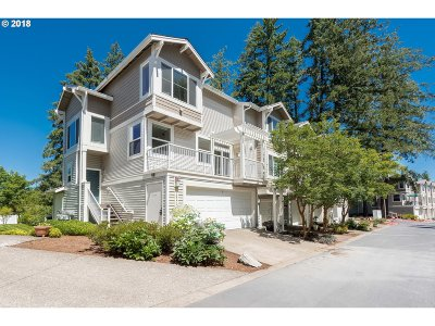 Tigard Condo/Townhouse For Sale: 14170 SW Barrows Rd #1