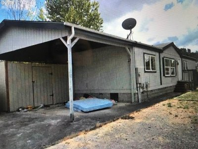 Roseburg OR Single Family Home For Sale: $77,605