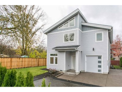 Single Family Home For Sale: 5335 SW Main Ave