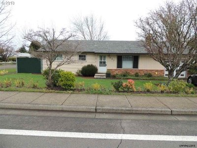 Salem Single Family Home For Sale: 337 SE Boone Rd