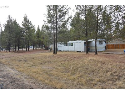 Bend Single Family Home For Sale: 17500 Gull Dr