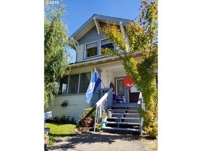 Roseburg Single Family Home For Sale: 1209 SE Stephens St