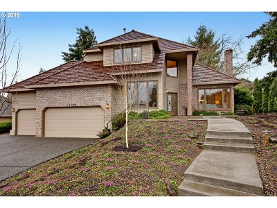 Single Family Home For Sale: 1129 NW Turnberry Ter