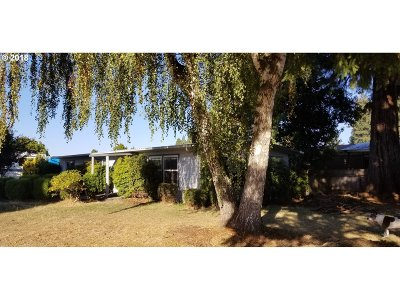 Wilsonville, Canby, Aurora Single Family Home For Sale: 21966 Laurel Ave