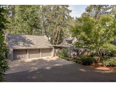 Eugene Single Family Home For Sale: 3825 Monroe St