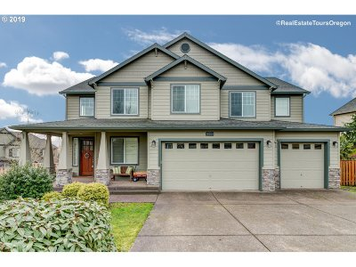 Happy Valley Single Family Home For Sale: 15031 SE Holland Loop