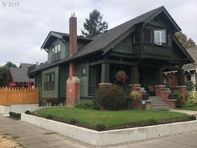 Clackamas County, Multnomah County, Washington County Multi Family Home For Sale: 2339 SE 34th Ave
