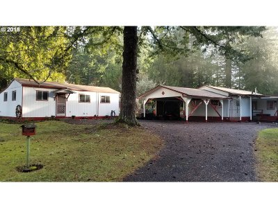 Scappoose Single Family Home For Sale: 28716 Chapman Rd