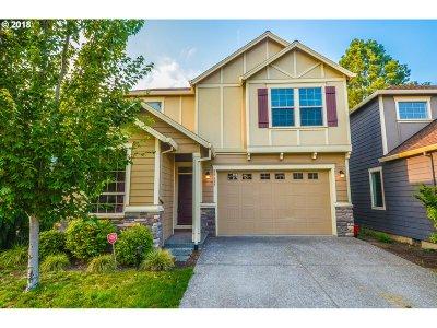 Beaverton Single Family Home For Sale: 19695 SW Sharoaks Dr