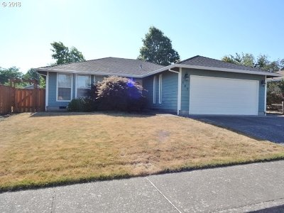 McMinnville Single Family Home For Sale: 147 SW Poplar Ct