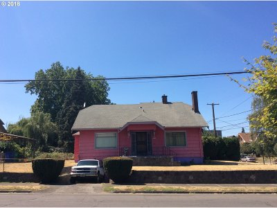Portland Single Family Home For Sale: 7069 NE 6th Ave