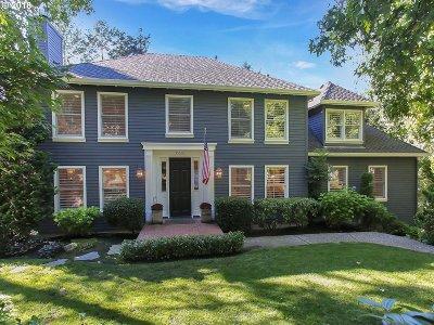 Lake Oswego OR Single Family Home For Sale: $1,550,000