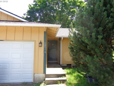 Tualatin Multi Family Home Pending: 19712 SW 68th Ave