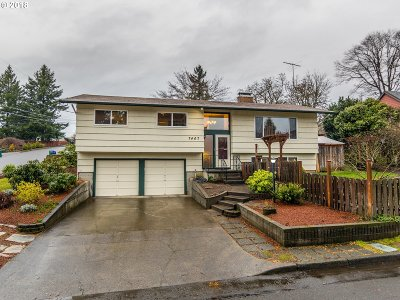 Milwaukie, Gladstone Single Family Home For Sale: 7407 SE Jack Rd