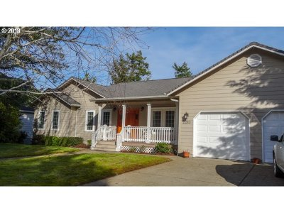 Single Family Home Sold: 2210 Willow St
