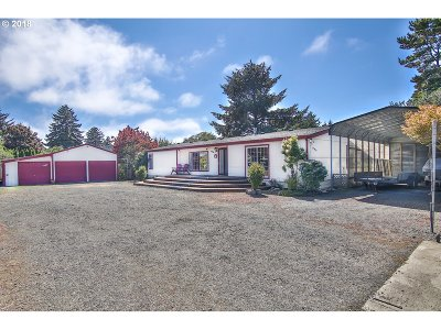 Coos Bay Single Family Home For Sale: 90994 Beacon Ln