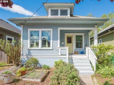 Single Family Home For Sale: 609 NE Shaver St