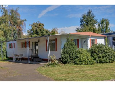 Eugene Single Family Home For Sale: 34177 El Roble Ave