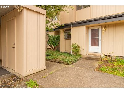 Eugene Condo/Townhouse For Sale: 1534 Fetters Loop