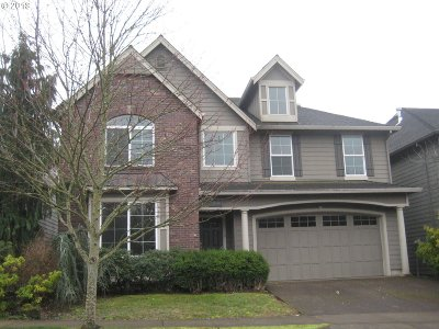 Happy Valley, Clackamas Single Family Home For Sale: 11838 SE Aerie Crescent Rd
