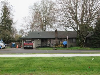 Stayton Multi Family Home For Sale: 1020 Shaff Rd