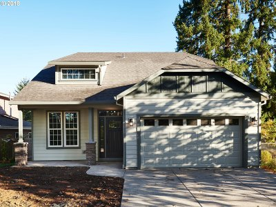 Oregon City Single Family Home For Sale: 207 Morton Rd
