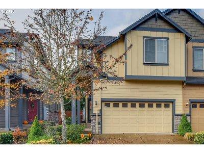 Hillsboro Single Family Home For Sale: 3155 NE 14th Pl