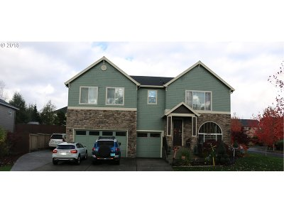Milwaukie, Clackamas, Happy Valley Single Family Home For Sale: 14331 SE Mia Garden Dr